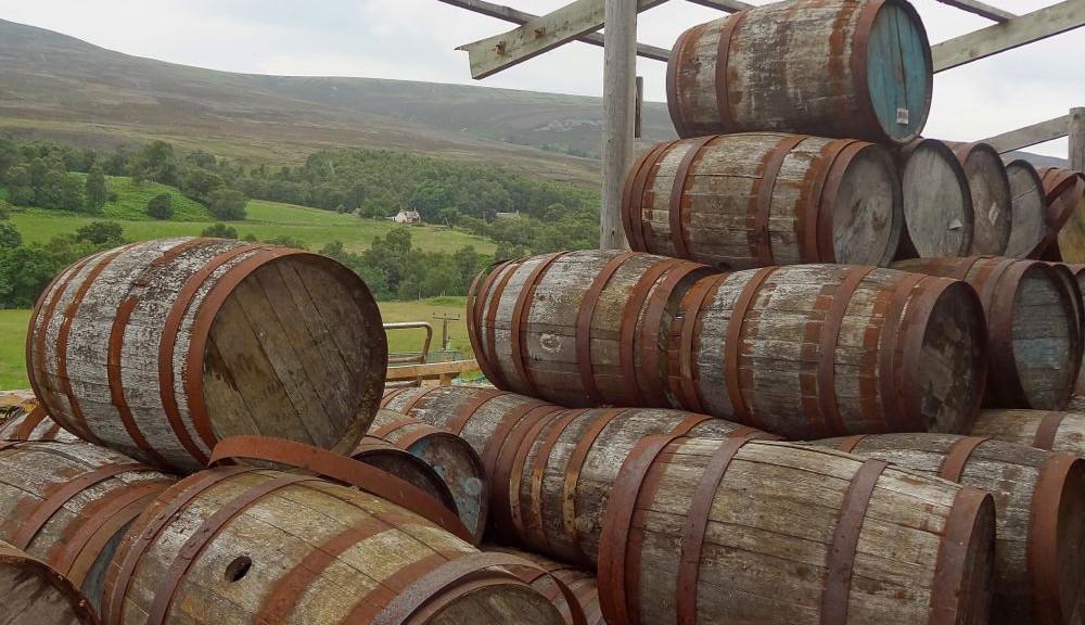 Schottland Whiskeyfässer