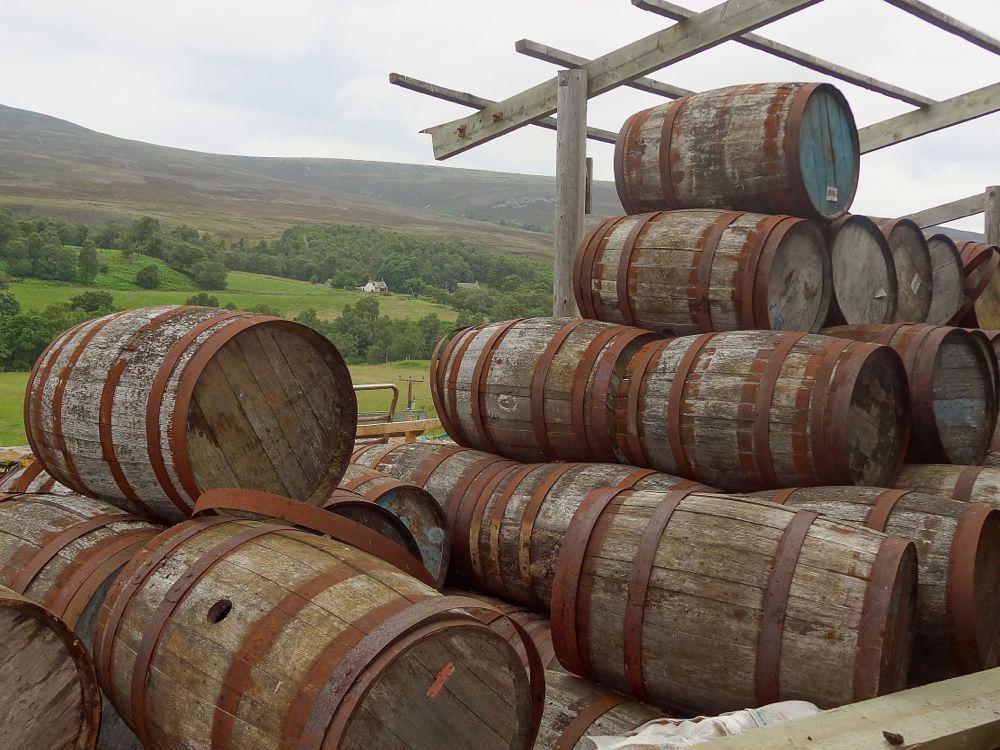 Schottland, ausgediente Whiskey-Fässer